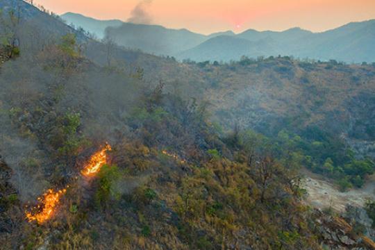 detección incendios anafi thermal atyges