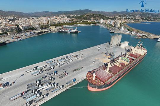 La Autoridad Portuaria y la empresa ATges editan una panorámica de 360 grados con cinco cruceros en la terminal