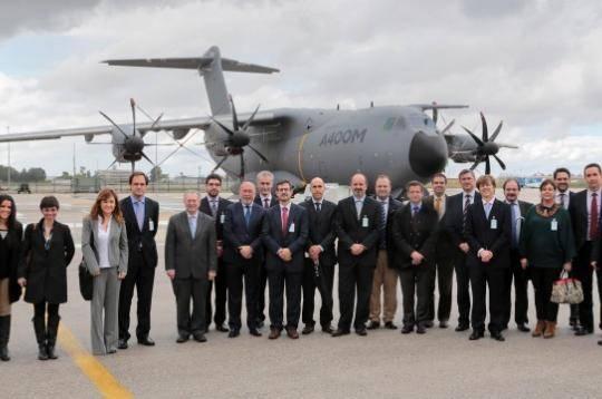 ATyges visita la FAL del Airbus A-400M en San Pablo con el cluster de sistemas aeronaúticos